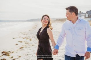 Couples Photo Session on Long Beach on Cape Cod in Centerville, Massachusetts - Sarah Murray Photography