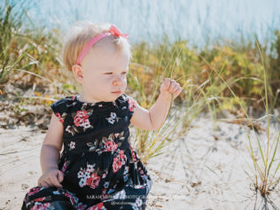 Family Photo Session at Keyes Memorial Beach in Hyannis on Cape Cod, Massachusetts - Sarah Murray Photography