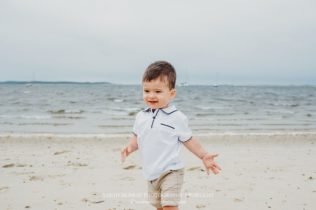 Colonial Acres Beach Family Photo Session on Cape Cod in West Yarmouth Massachusetts Sarah Murray Photography